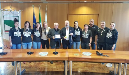 SOFTBALL: La Regione premia il Forlì per lo Scudetto 2017 | VIDEO
