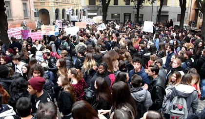 FORLI': Gli studenti protestano contro l'accorpamento dell'Istituto Ruffilli | VIDEO