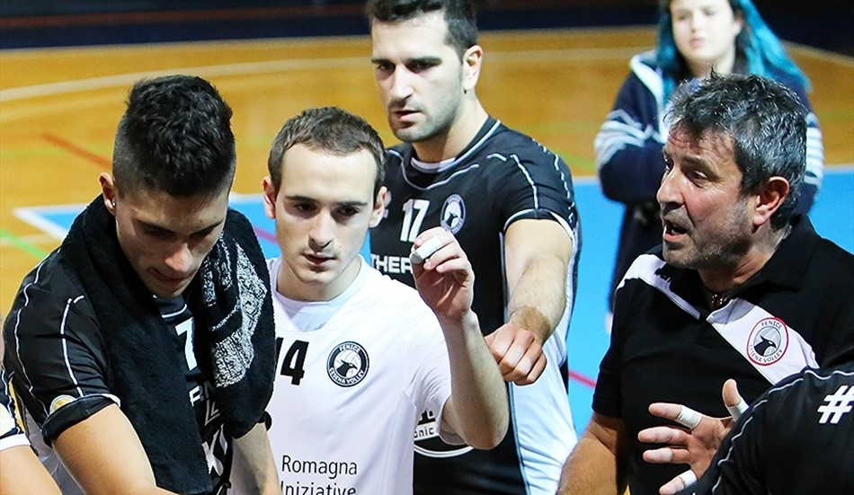 VOLLEY: Fenice, la salvezza dista solo tre punti