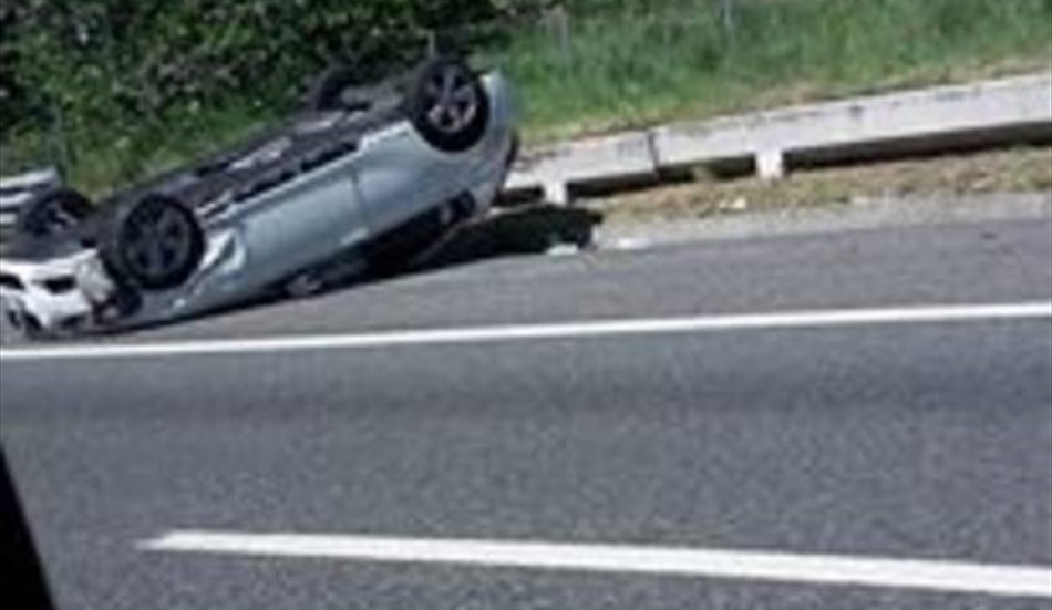 FORLI': Brutto incidente in autostrada, coppia sotto le lamiere