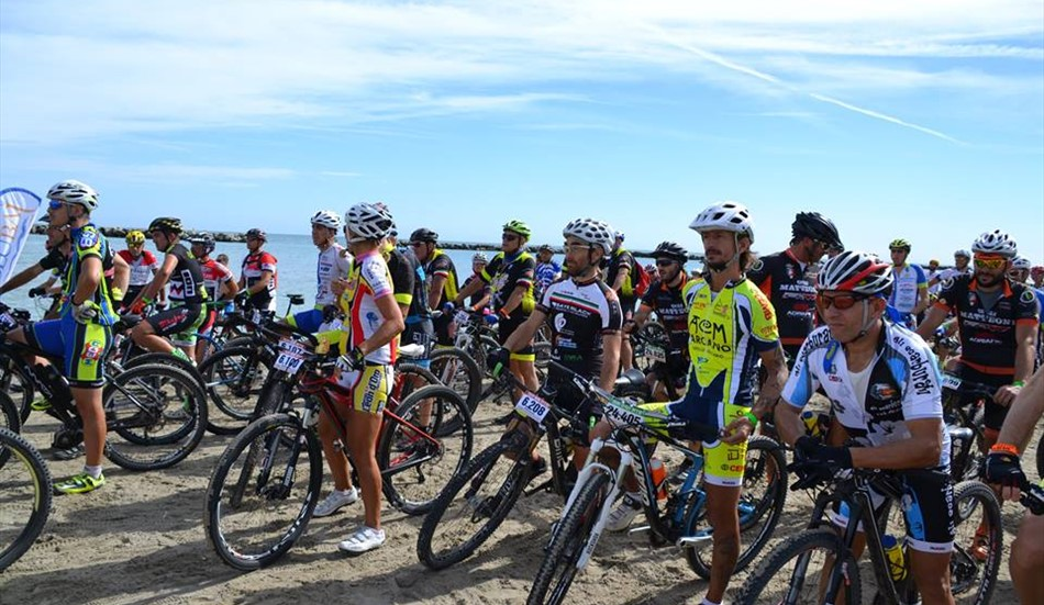 CICLISMO: Grande successo per la BIM 24h Mtb, la 24 ore di Bellaria in mountain bike - VIDEO